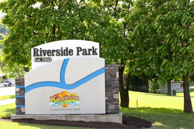 riversidepark-sign